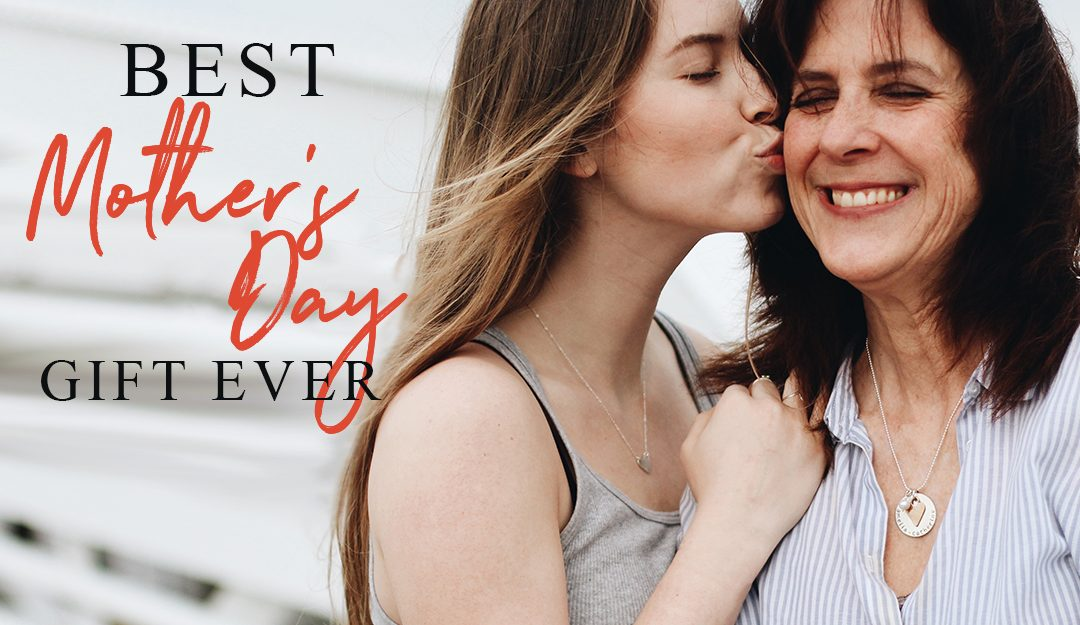 5 reasons why handstamped jewelry is the best gift for Mother's Day
