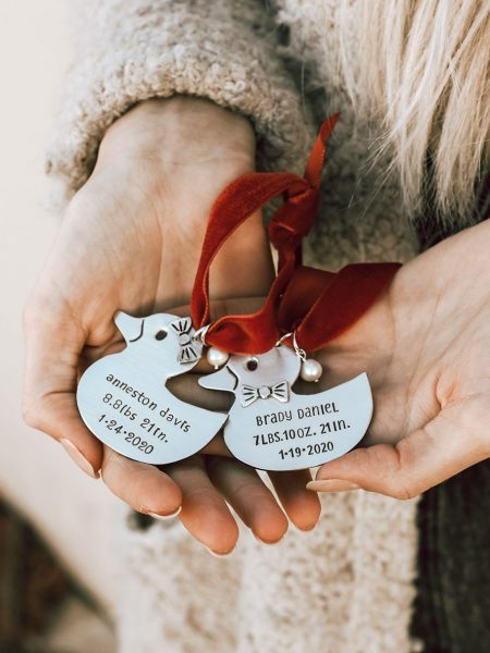 Capture your kid's important milestones with this baby duck ornament. Add-in the name, birth weight or date of birth