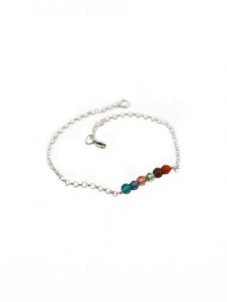 Custom birthstone bar bracelet. Beautiful gift for grandmothers with the birthstones of her grandchildren.