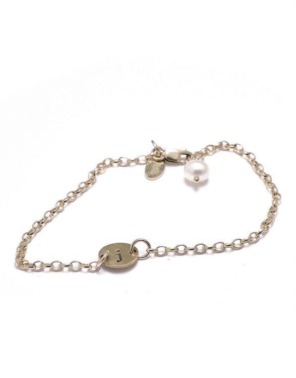 dainty-initial-bracelet-gold