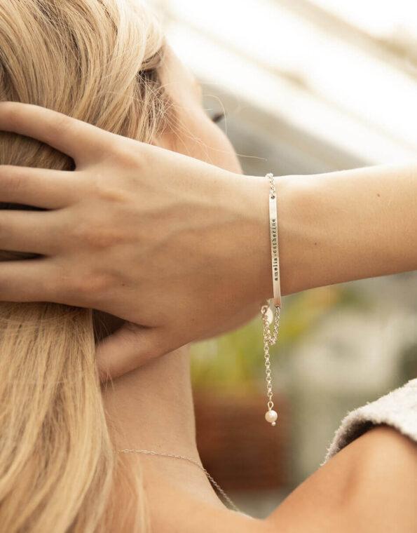dainty-name-bar-bracelet-silver-model-2