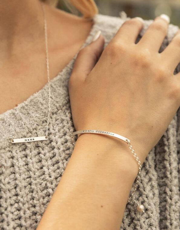 dainty-name-bar-bracelet-silver-model