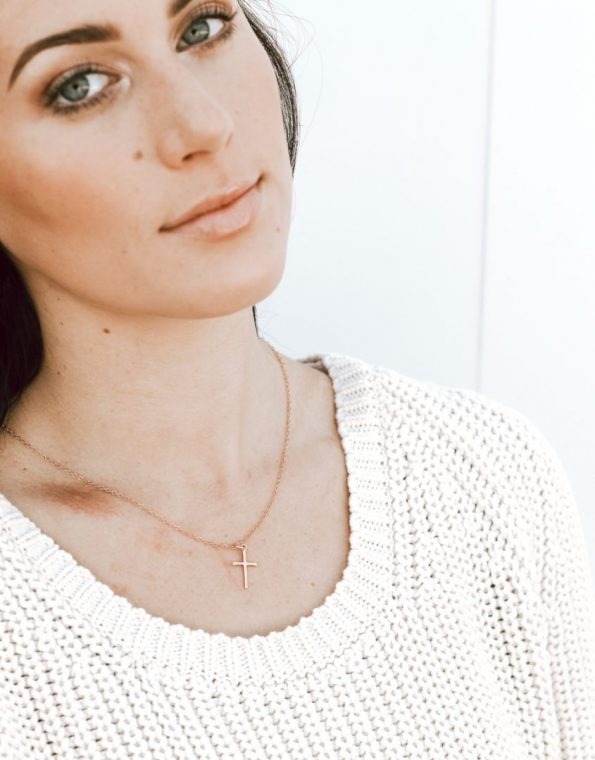 dainty-rose-gold-cross-necklace-model