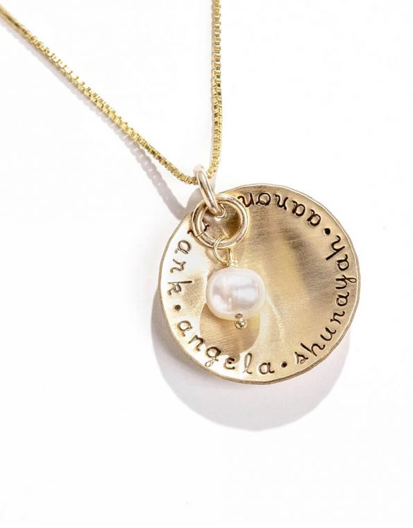 gold-names-and-a-pearl-necklace-2
