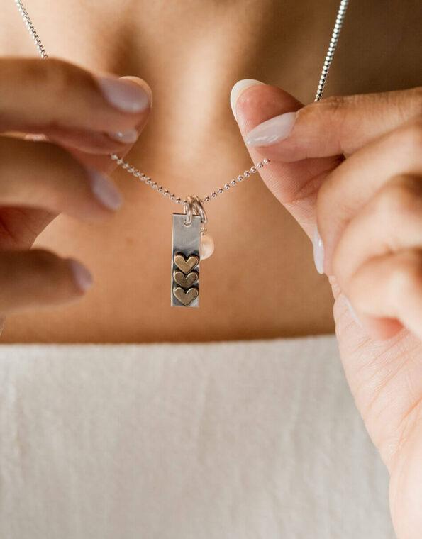 golden-love-stack-necklace-model