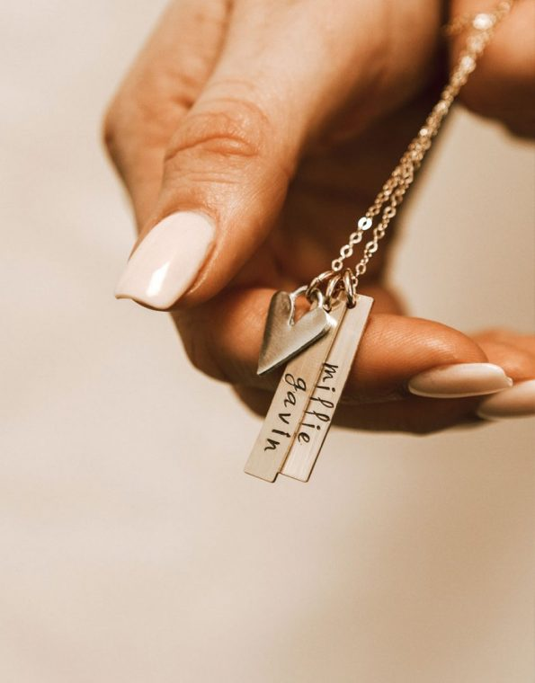golden-rectangle-names-with-love-necklace-model-2