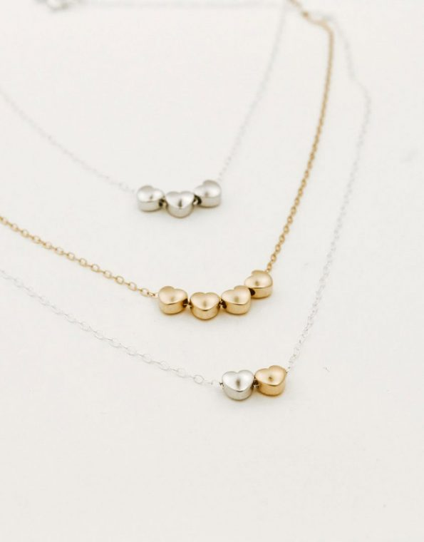 val-necklace-group